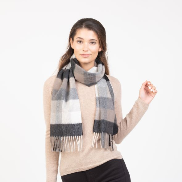 Cashmere Scarf | Black Grey 5 Square Check