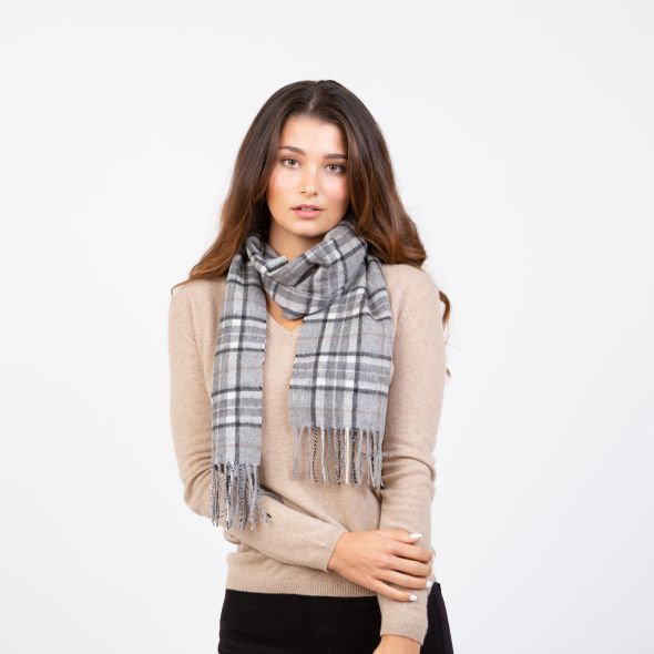 Lambswool Scarf | Pewter Scotty Thompson
