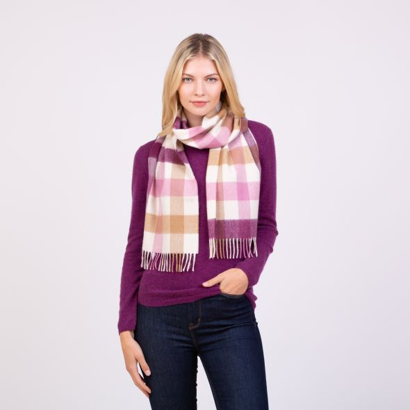 Made In Scotland Cashmere Scarf | Rhubarb Pink 5 Sq