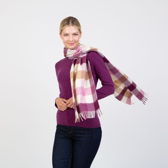 Made In Scotland Wide Cashmere Scarf | Rhubarb Pink 5 Sq