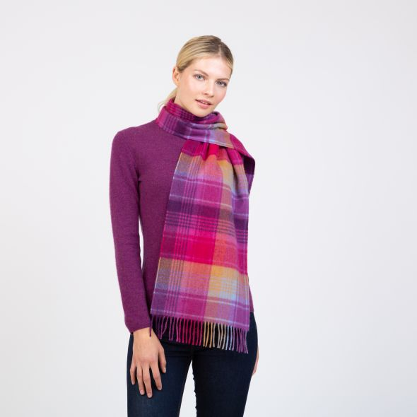Made In Scotland Wide Cashmere Scarf | Pink Repeat Edge