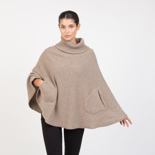Women's Made In Scotland Lara Knitted Poncho | Natural
