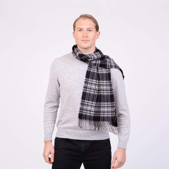 Made In Scotland Cashmere Scarf | Black & White Menzies