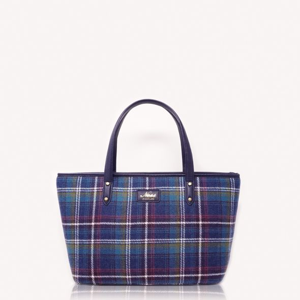 Strathy Tweed Tote | Ness Jewel