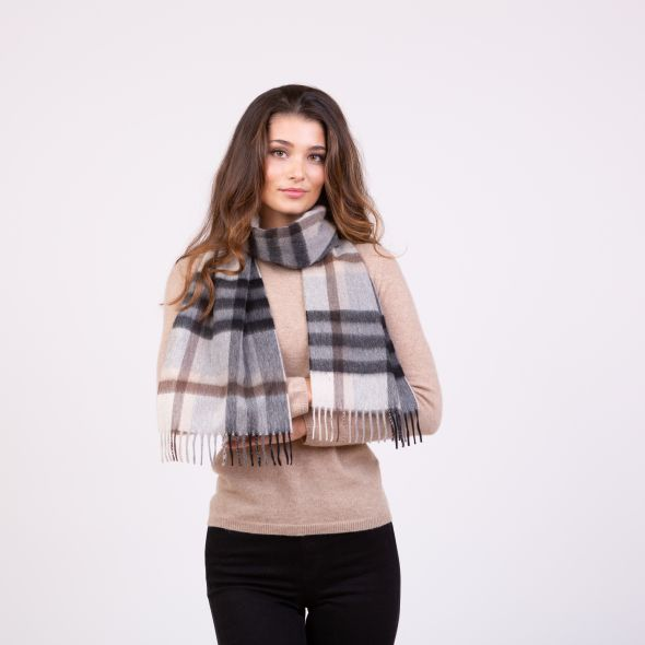 Made In Scotland Cashmere Scarf | Black Grey Tartan 2