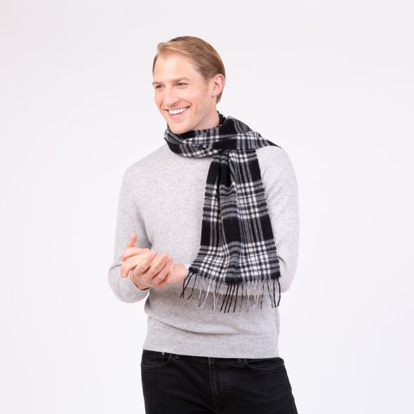 Lambswool Scarf | Black And White Menzies
